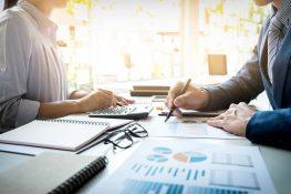 Dodaci kolektivnim ugovorima u javnim i državnim službama,plaće i naknade plaća zaposlenih u 2020. godini, utvrđivanje rezultata, provođenje obveznih korekcija i financijski izvještaji za 2019. godinu