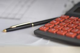Ugostiteljska djelatnost - obračun PDV-a, računovodstveno praćenje poslovanja, radni odnosi, primjena propisa o zaštiti potrošača